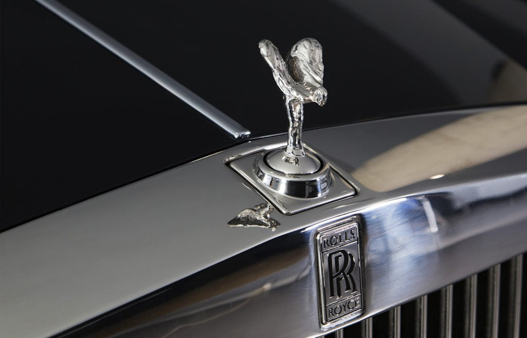Rolls Royce Phantom Black Front Spirit of Ecstasy